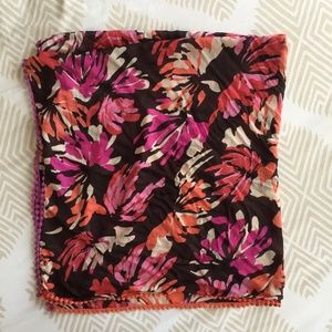 Accessories - Floral Patterned Square Scarf